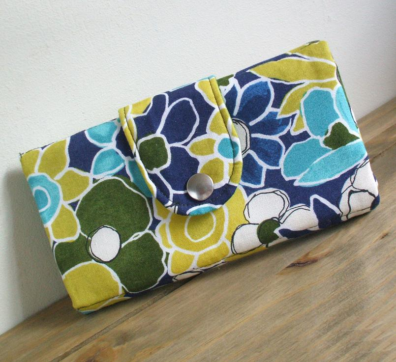 Wallet free sewing pattern and tutorial.