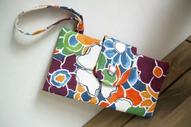 Bi-fold Wallet Sewing Project by SusieDDesigns