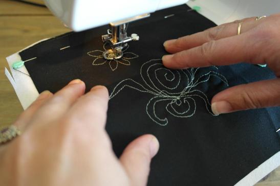 Using a sewing machine embroidery foot
