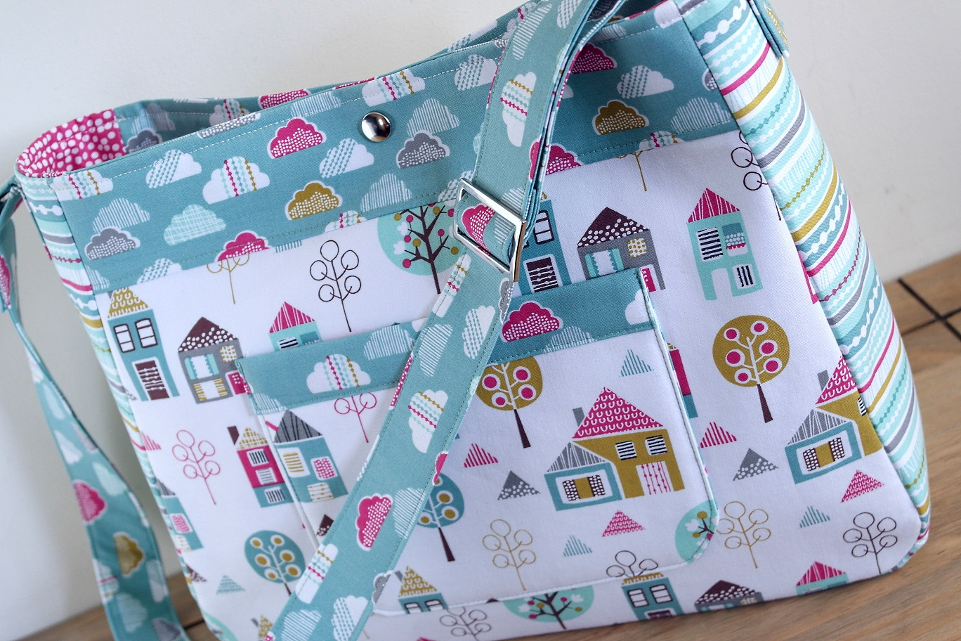 brand new nappy bag sewing pattern susieddesigns 39 space to sew craft. Black Bedroom Furniture Sets. Home Design Ideas