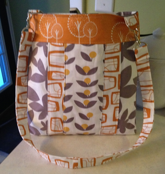 Sarah's Handmade bag from Layered Hipster Bag sewing pattern by SusieDDesigns
