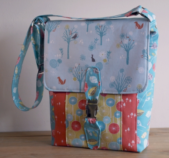 Satchel by Susan Dunlop of SusieDDesigns - Wildwood Fabrics
