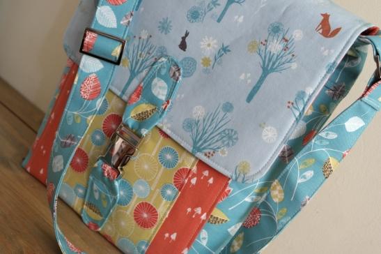 Satchel by Susan Dunlop of SusieDDesigns - Wildwood Fabrics