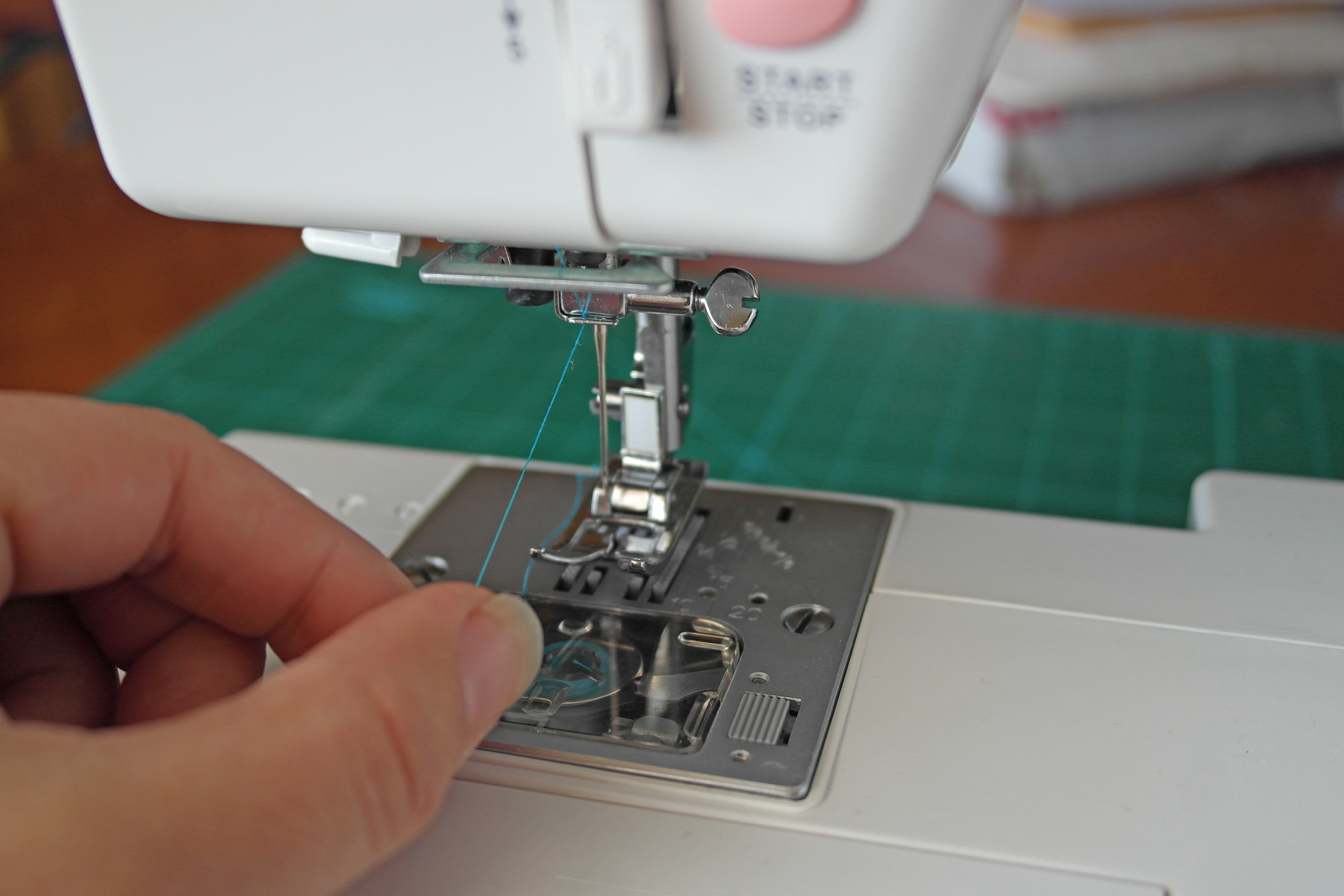 threading a sewing machine