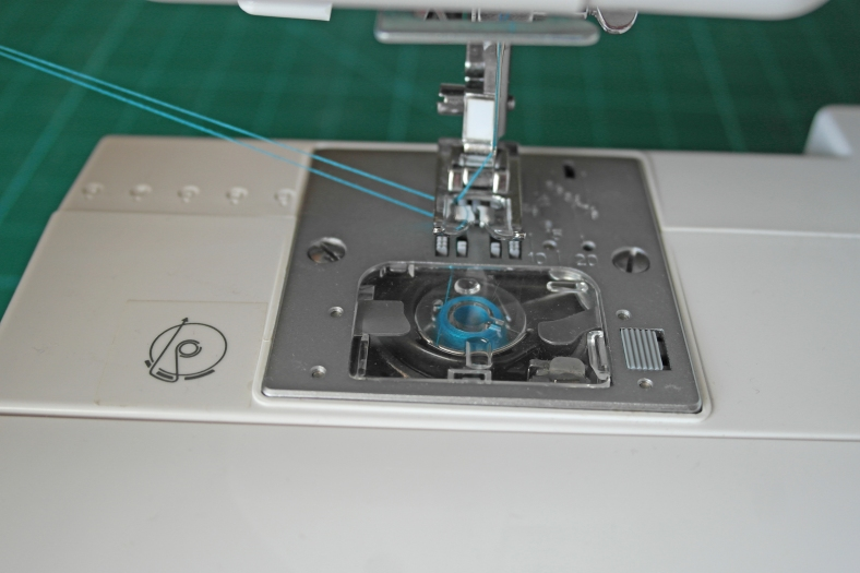 How to thread a sewing machine H