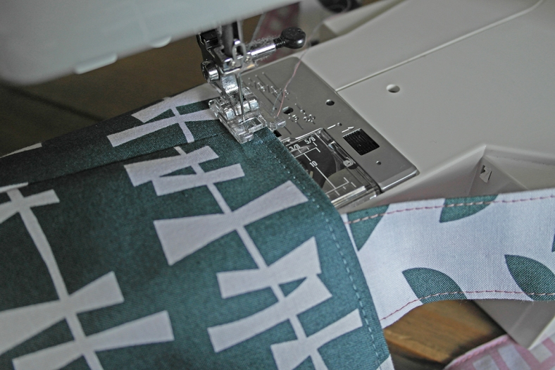 How to Topstitch a Bag Opening 2