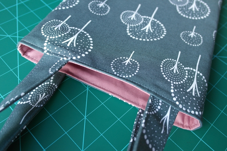 How to Topstitch a Bag Opening 5